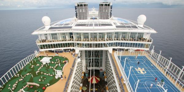 Royal Caribbean uses this psychological trick to make you spend more money (RCL)