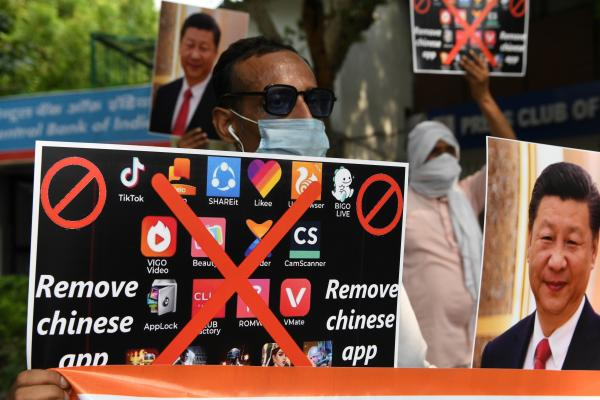 Apple and Google block dozens of Chinese…