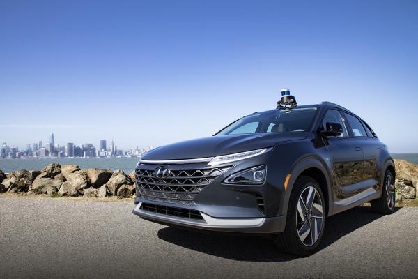 photo of Hyundai takes minority stake in self-driving car startup Aurora image