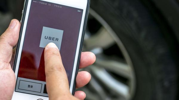 photo image Uber is deactivating New York drivers for 'advertising' for rival Juno