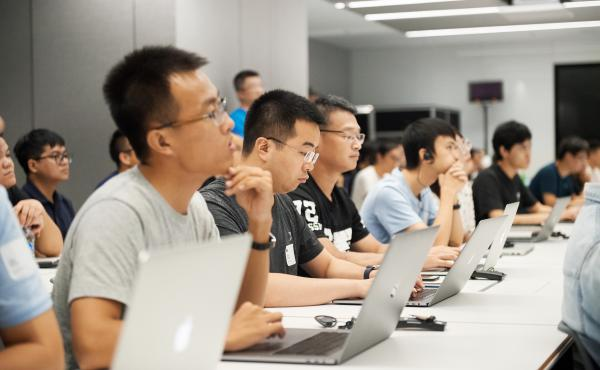 photo of Apple opens app design and development accelerator in China image
