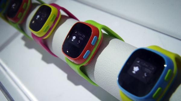 German Regulators Ban Smartwatches for Kids, Urge Parents to Destroy Them