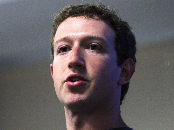 photo image Mark Zuckerberg was accused of 'abusing' his power after Facebook censored an iconic Vietnam war photo (FB)