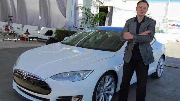 photo image Elon Musk Wants AI Regulations, And He Wants Them Now