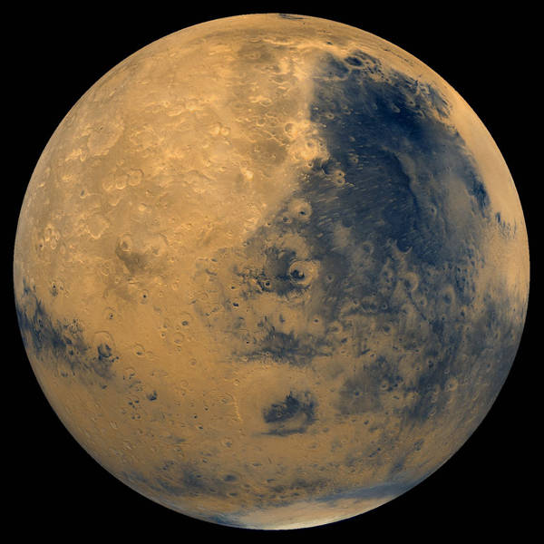 photo image Mars: Covered with life, oceans, clouds, and imagination