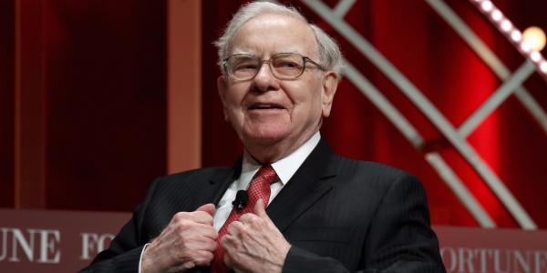 photo image Warren Buffett's Berkshire Hathaway loaded up on its stake in Apple (AAPL)